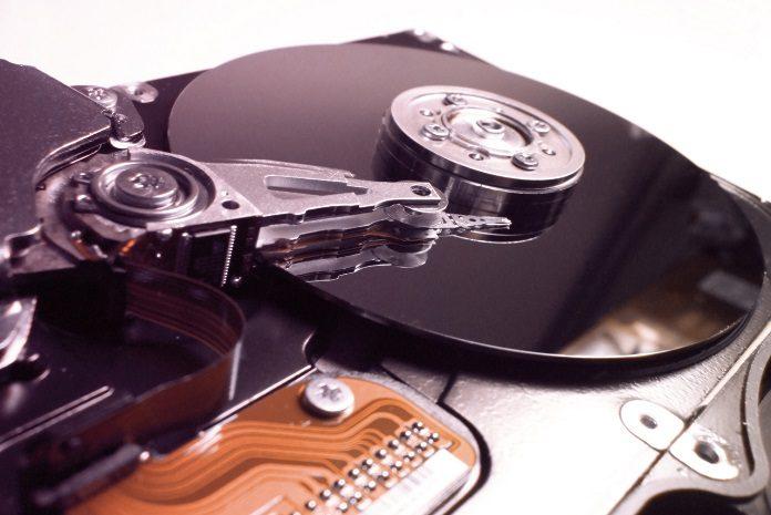 Dysk SCSI/SAS?