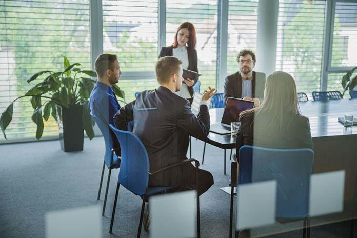 Oprogramowanie do zarządzania zasobami ludzkimi – HR
