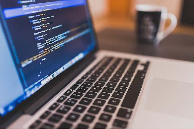 Macbook Pro - narzędzie efektywnej pracy