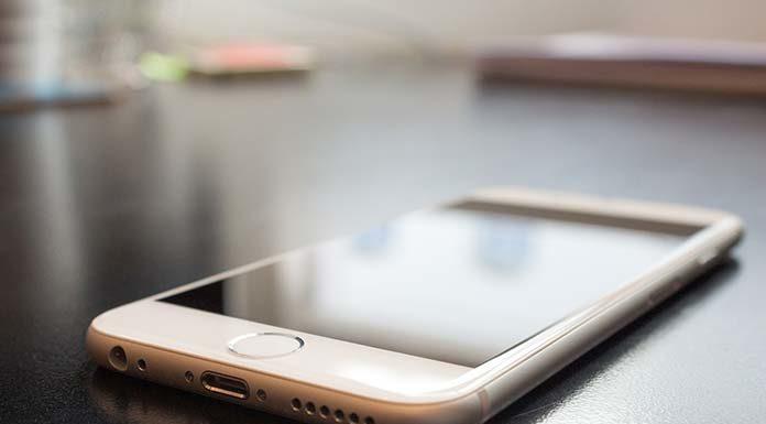 Co najłatwiej zepsuć w smartfonie? Sprawdź, jak uniknąć awarii z własnej winy