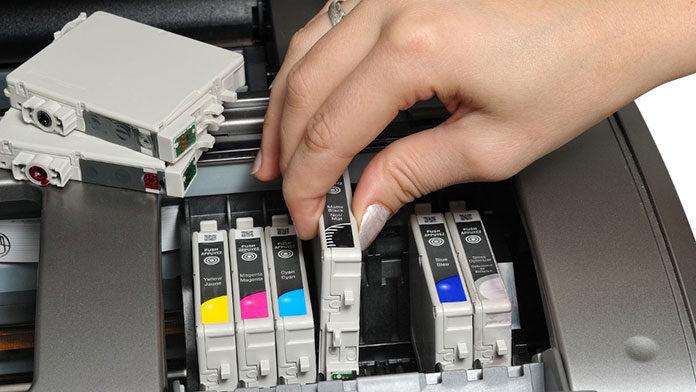 Tusz do drukarki – o czym należy wiedzieć przed zakupem?