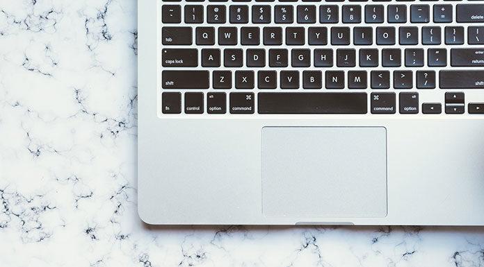 Jak zaoszczędzić na kupnie laptopa?